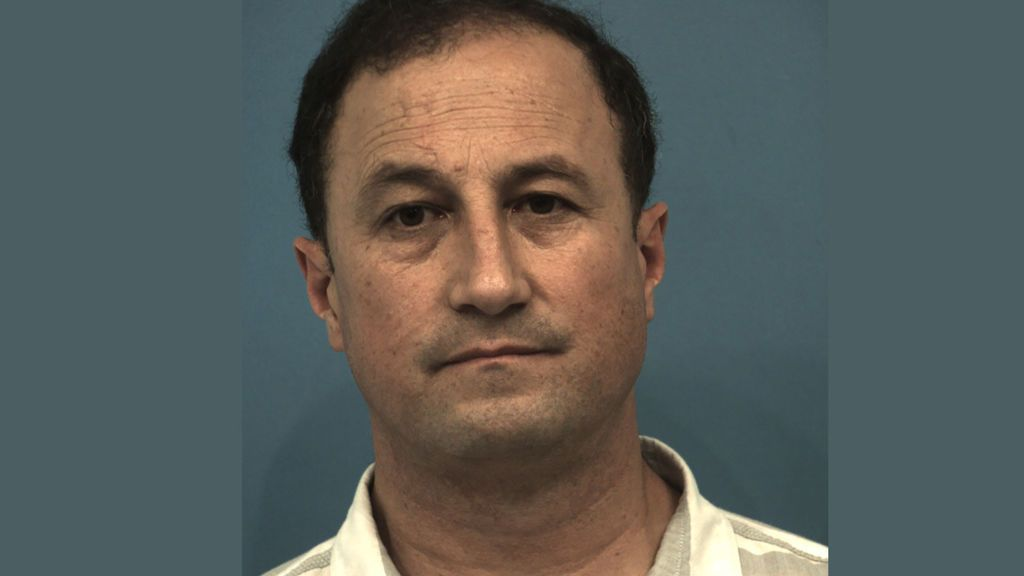 Detienen a un hombre después de que su hijo de seis años lo grabara maltratando a su hermano con parálisis cerebral