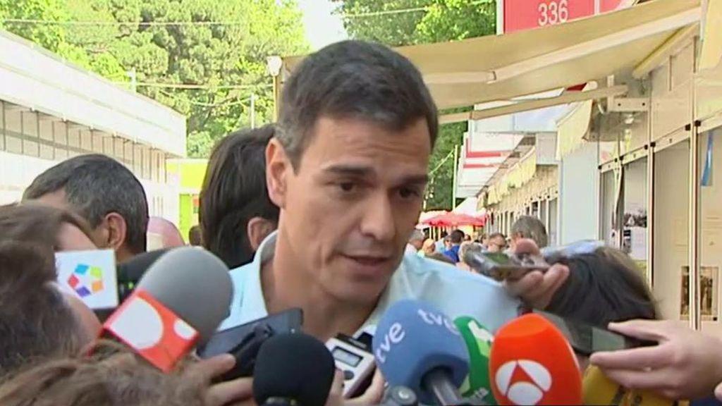 """Pedro Sánchez: """"La renuncia de Moix llega tarde y mal, el Congreso ya lo reprobó"""""""