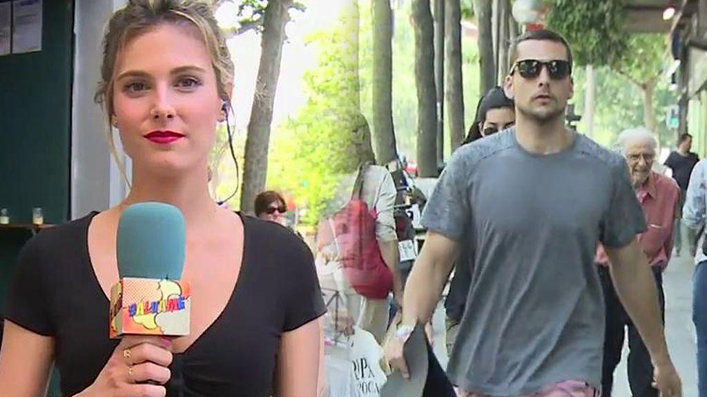 El novio de Laura Matamoros 'huye' de las cámaras de 'Sálvame'