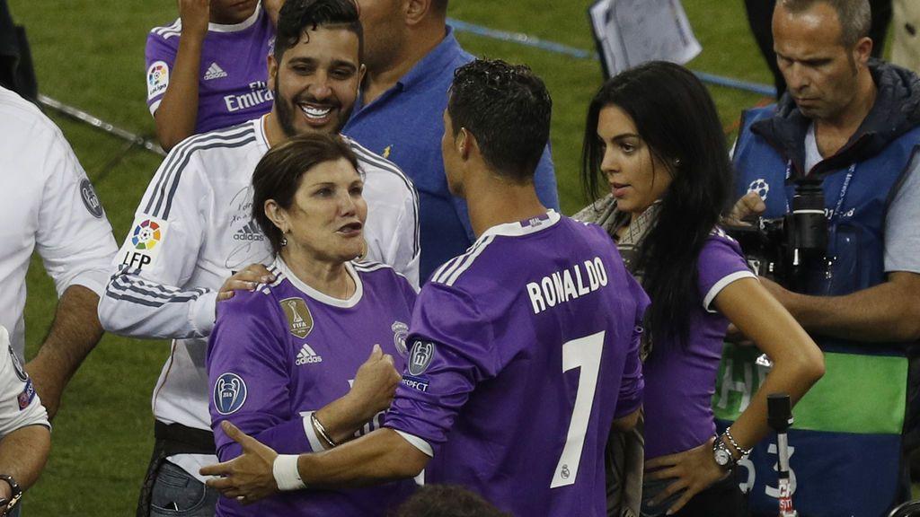La cara más cariñosa y familiar de Cristiano Ronaldo en la celebración de la duodécima