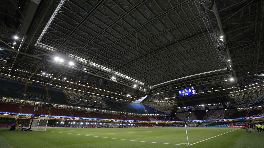 Así verán los jugadores el cielo de Cardiff con el techo cerrado