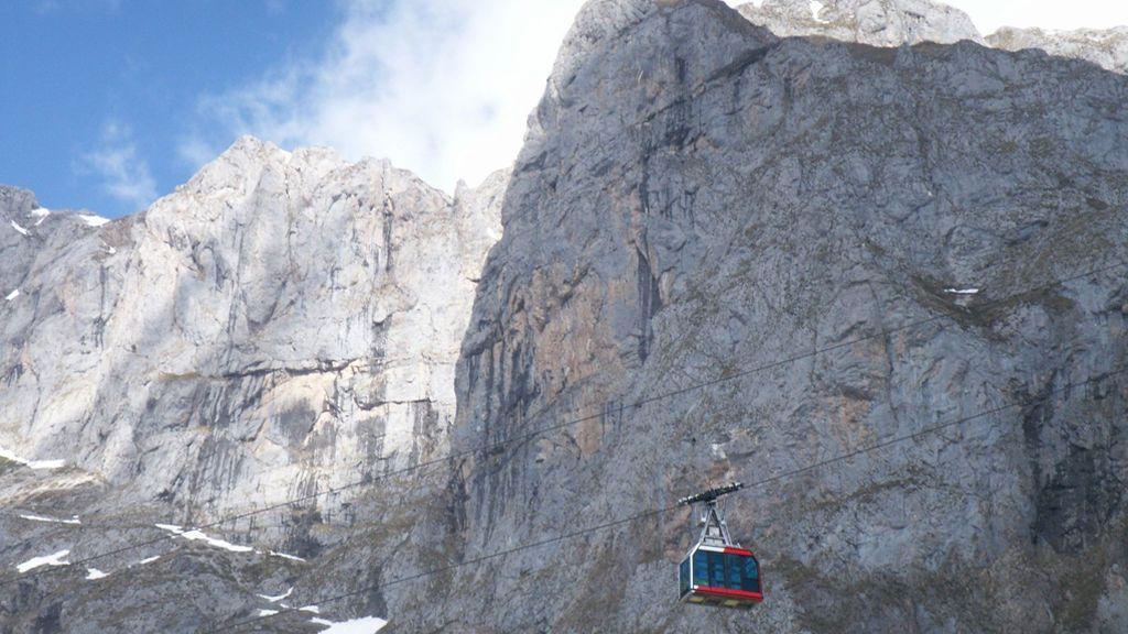 Desaparecidos dos senderistas suizos en el municipio cántabro de Fuente Dé