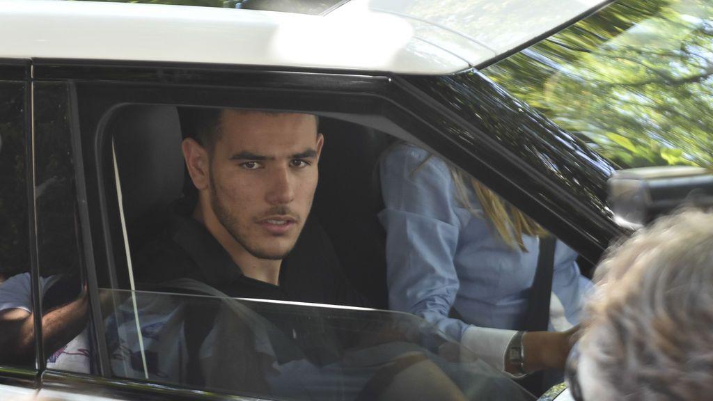 Theo reaparece en el Instagram de su novia tras quedar absuelto de una agresion sexual en Marbella