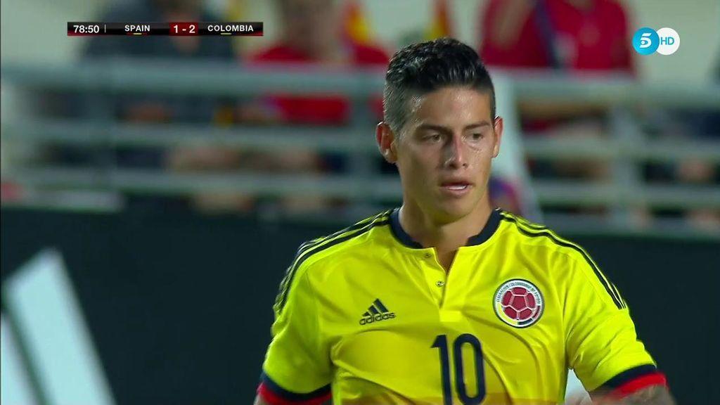 ¡Se siente importante con Colombia! Ovación cerrada a James en la Nueva Condomina