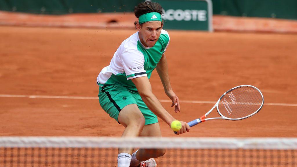 Dominic Thiem arrolla a Djokovic, ganador del último Roland Garros, y se medirá a Nadal en 'semis'