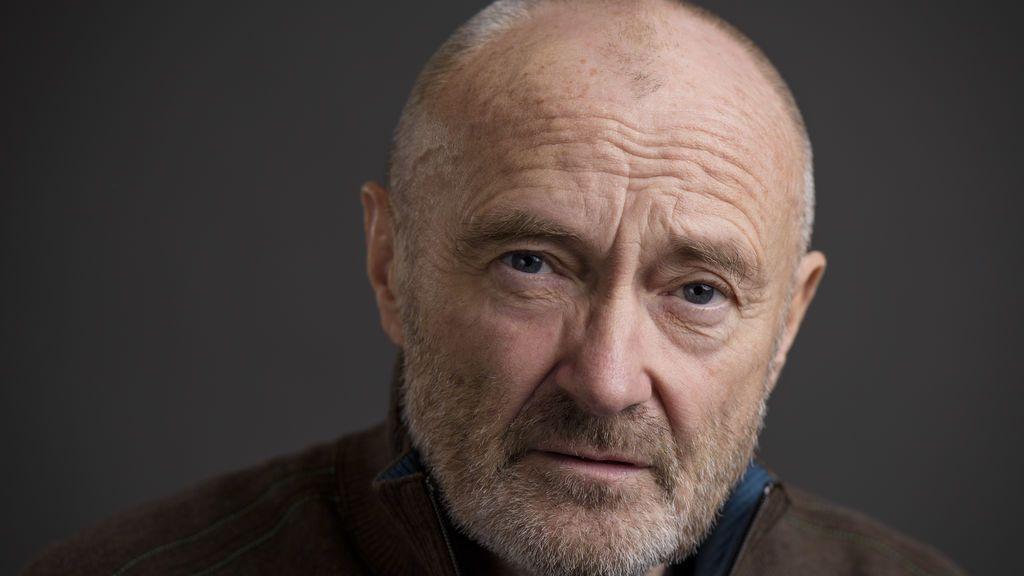 Phil Collins, hospitalizado al golpearse la cabeza en una caída