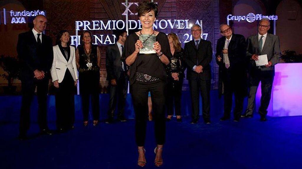 Sonsoles Ónega, ganadora del Premio de Novela Fernando Lara 2017