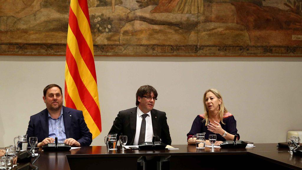Puigdemont pone rumbo al referéndum anunciando fecha y pregunta