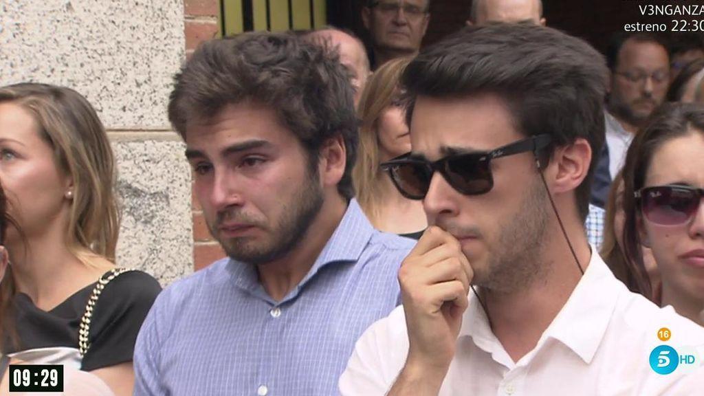 No hay consuelo para los amigos: Las Rozas homenajea a Ignacio Echeverría