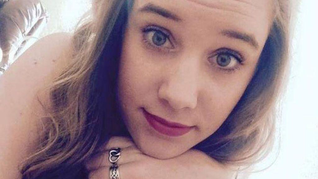 Mueren dos niñas tras ser abandonadas por su madre en el coche durante 15 horas
