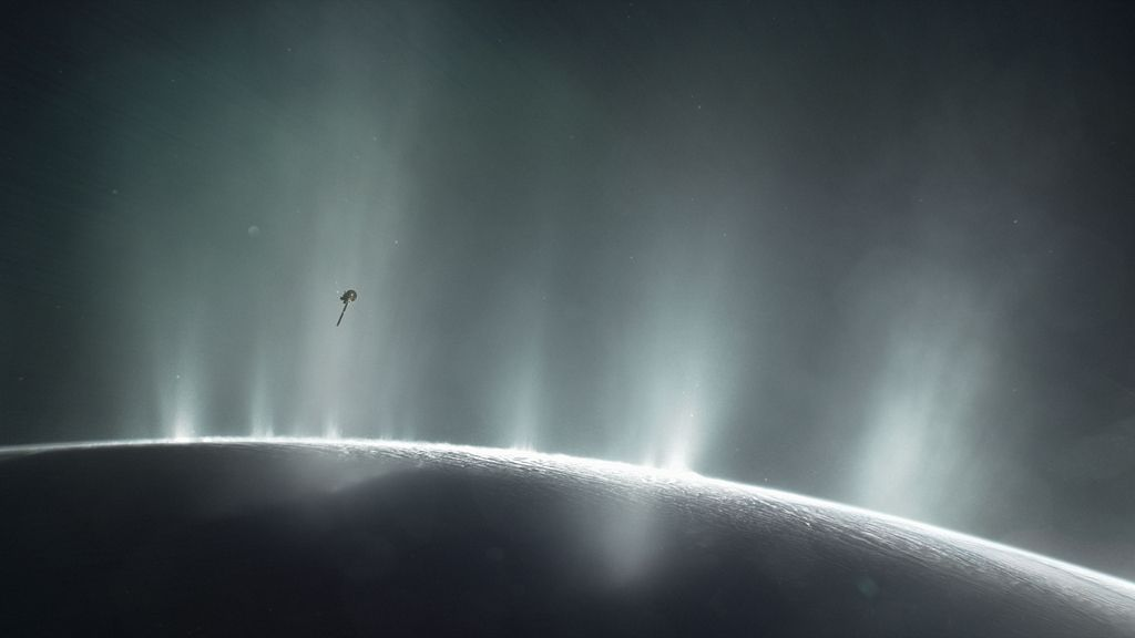 Las mejores imágenes de Cassini, la sonda que lleva 13 años en la órbita de Saturno