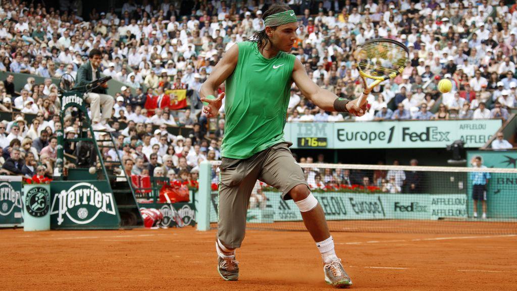 Diez camisetas para diez Roland Garros: el cromatismo campeón de Nadal en París