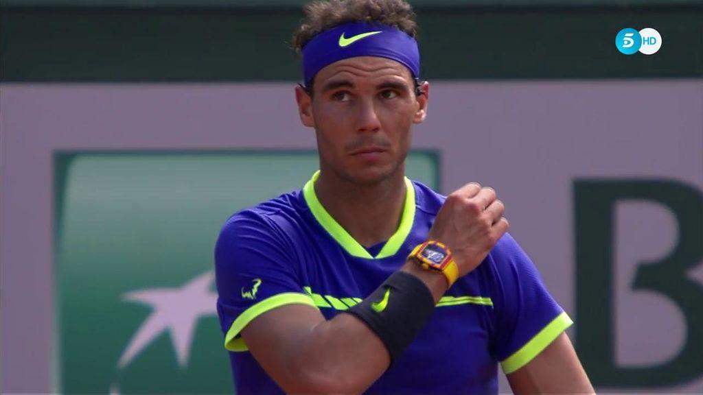 Se toca la nariz 121 veces, el calzón 65… Contamos uno a uno los tics de Nadal en la final de Roland Garros