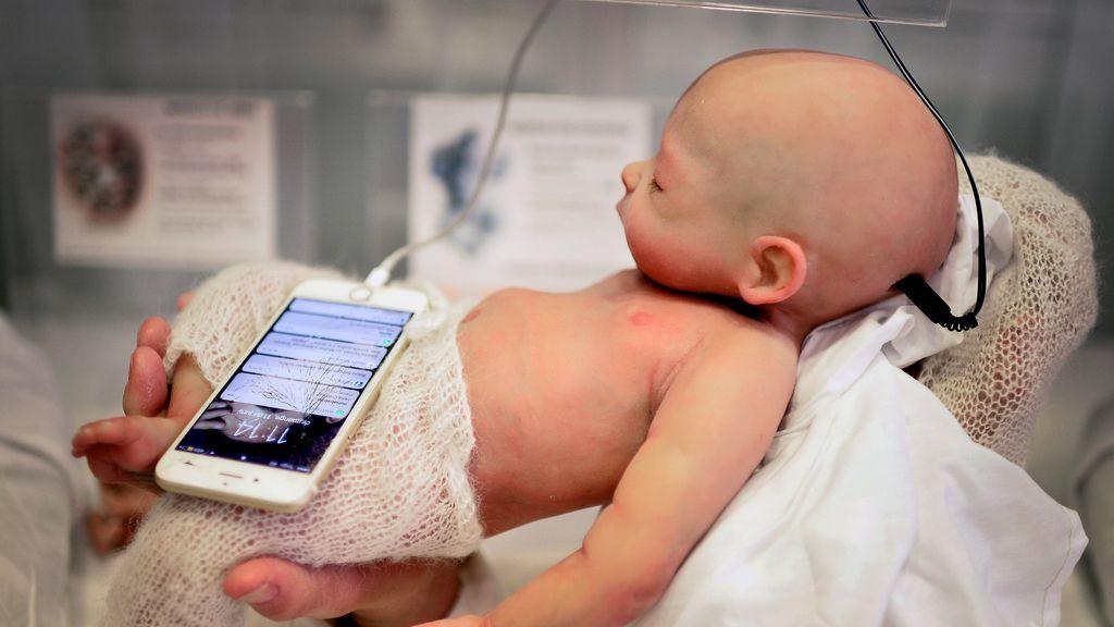 Bebé hiperrealista