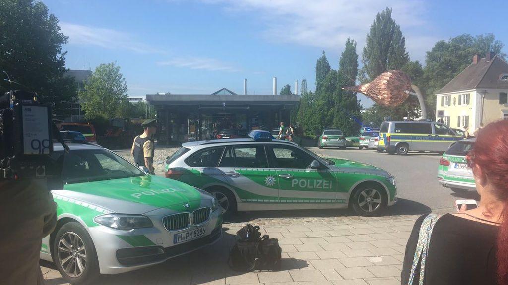 Tres heridos y un arrestado en una operación policial en una estación de trenes cerca de Múnich