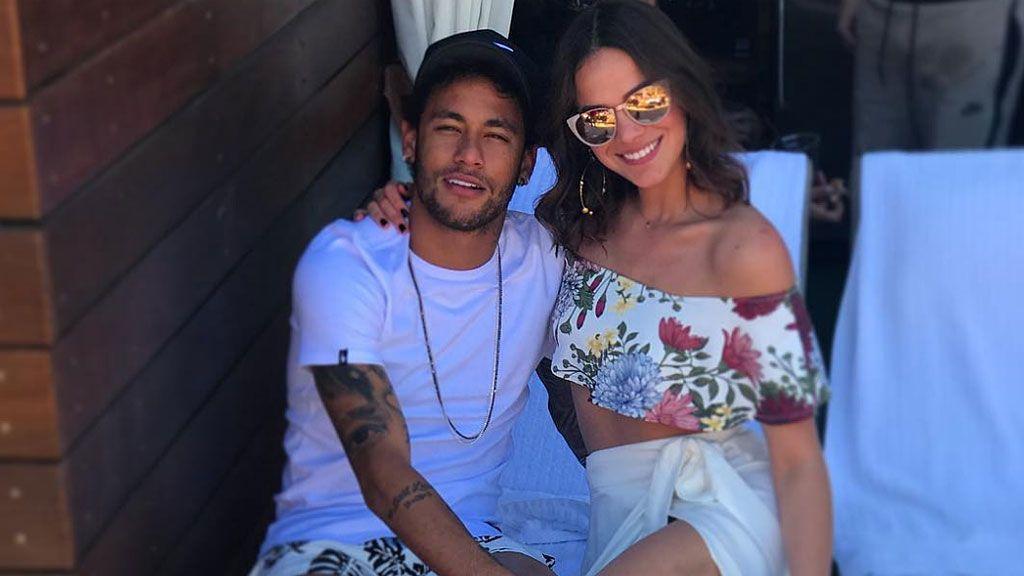 El comentario de Neymar a Luis Suárez en una foto de fiesta del delantero con Messi