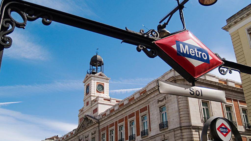 La comisaría de la estación de Sol de Madrid, cerrada por el calor