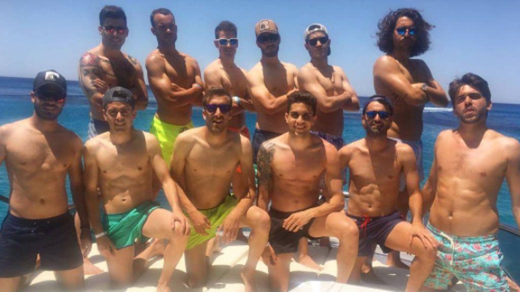 El #teamBartra en Ibiza: la despedida de soltero, por todo lo alto, de Marc Bartra