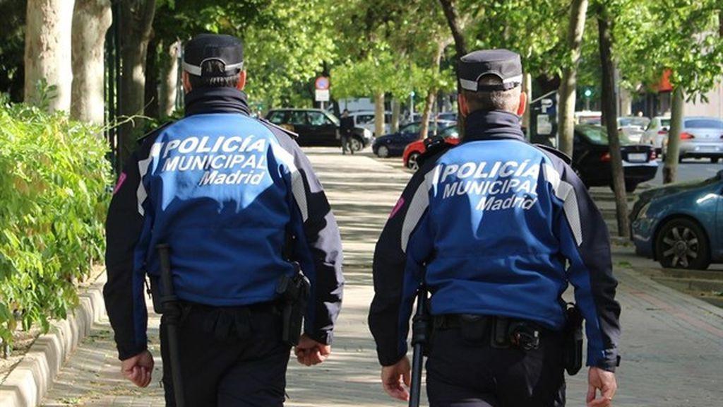 Un camión descontrolado causa el pánico en Ciudad Lineal (Madrid) por miedo a que fuera un atentado terrorista