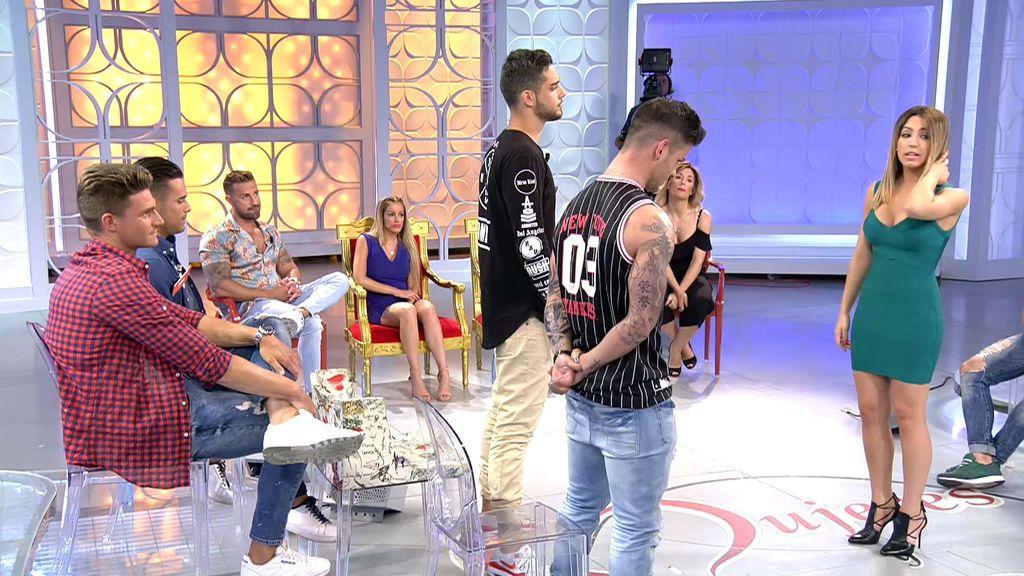 Álex se impone a Rodri en el reto musical y se gana un beso de Melani