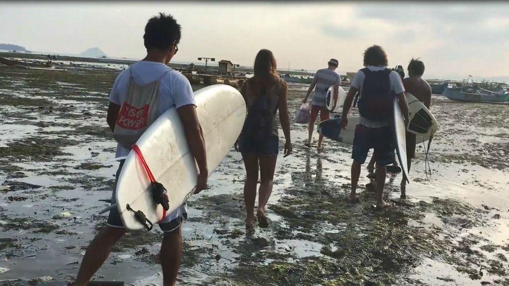 Surfeando en el paraíso: las olas de Lombok