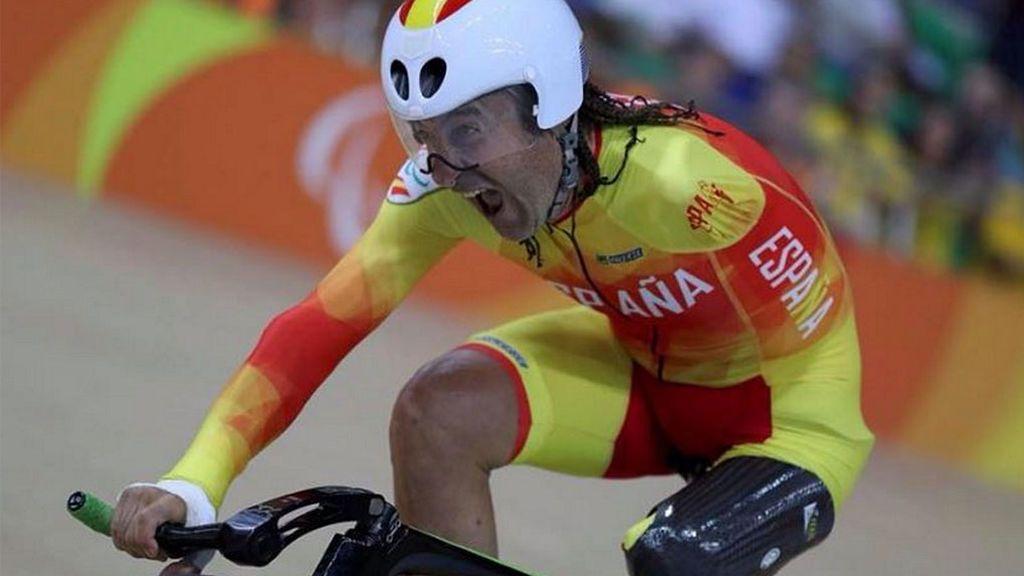 El ciclista y medallista paralímpico Juanjo Méndez, atropellado mientras se entrenaba