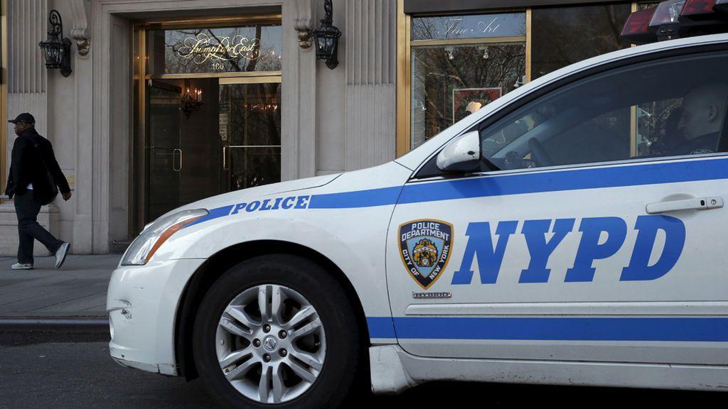 Un vehículo se sube a la acera y deja varios heridos en Nueva York