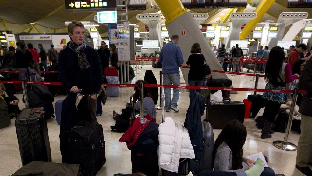 Una turista británica muere al caer enferma en el aeropuerto de Ibiza