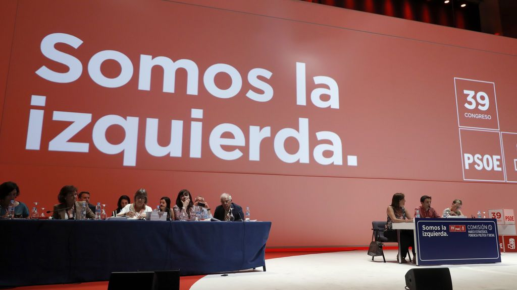 El Congreso del PSOE cierra la puerta a regular la maternidad subrogada