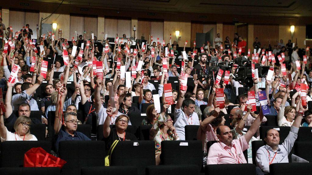Una posible nueva República se convierte en el primer incendio de la Ejecutiva de Sánchez