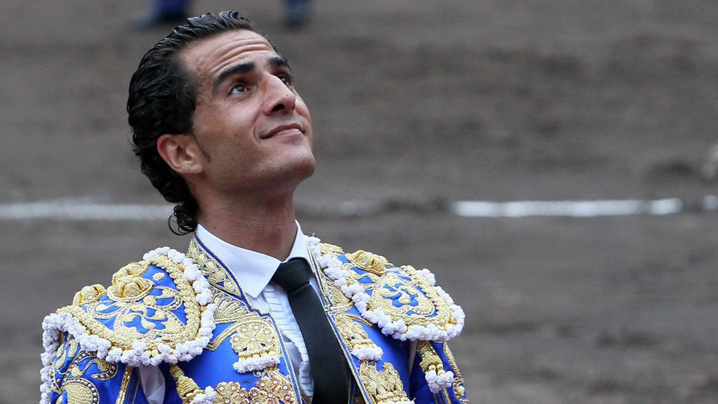 Orduña llora la muerte del torero Iván Fandiño