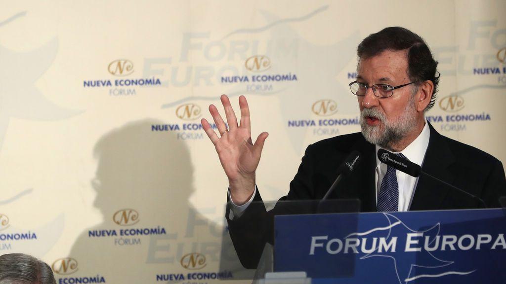 """Rajoy advierte a Pedro Sánchez que el """"extremismo"""" y el """"griterío"""" no sirven """"para nada"""""""