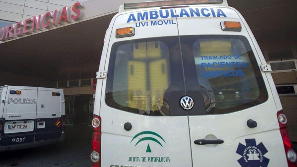Un fallecido y cinco personas atendidas en el hundimiento de un barco en Huelva