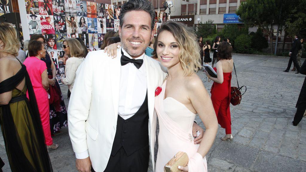 Norma Ruiz junto a su novio Bosco James