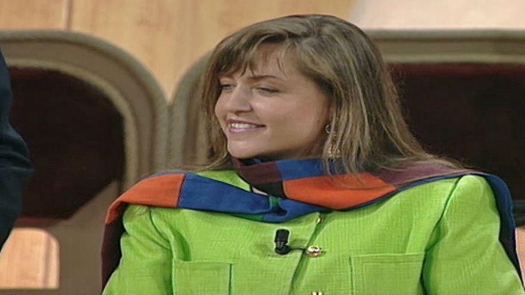 El sorprendente debut televisivo de Lydia Lozano: de 'niña bien' entre tribus urbanas