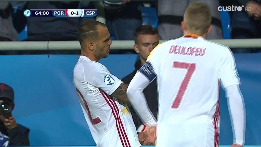 ¡Gol de 'killer'! Sandro hace un desmarque de manual y Deulofeu pone un centro medido