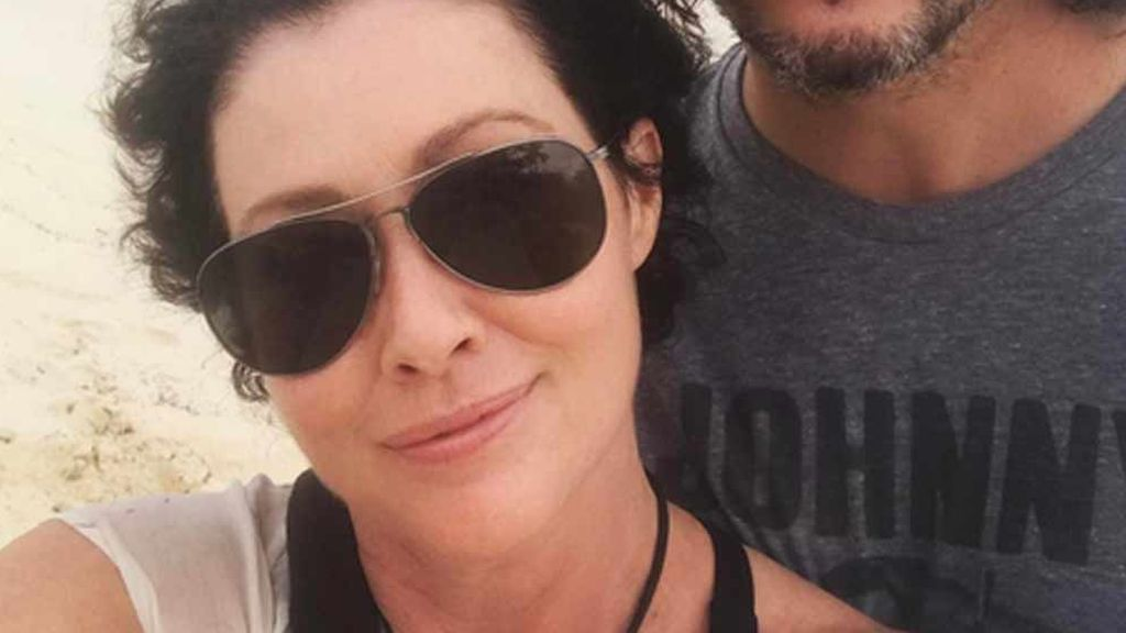Shannen Doherty luce bella, serena y feliz en México