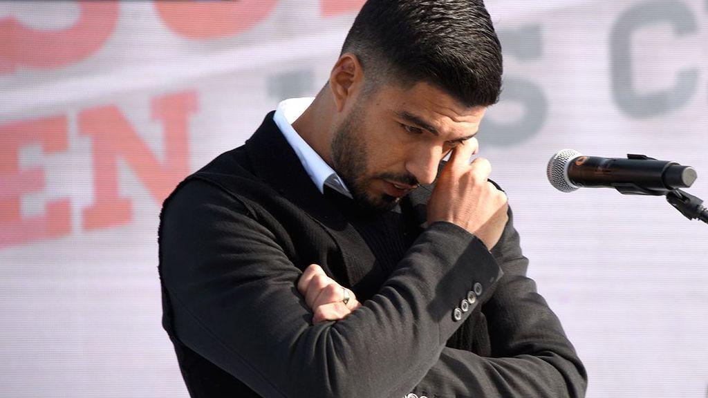 Así fue el precioso homenaje de Nacional a Luis Suárez que le hizo llorar de emoción
