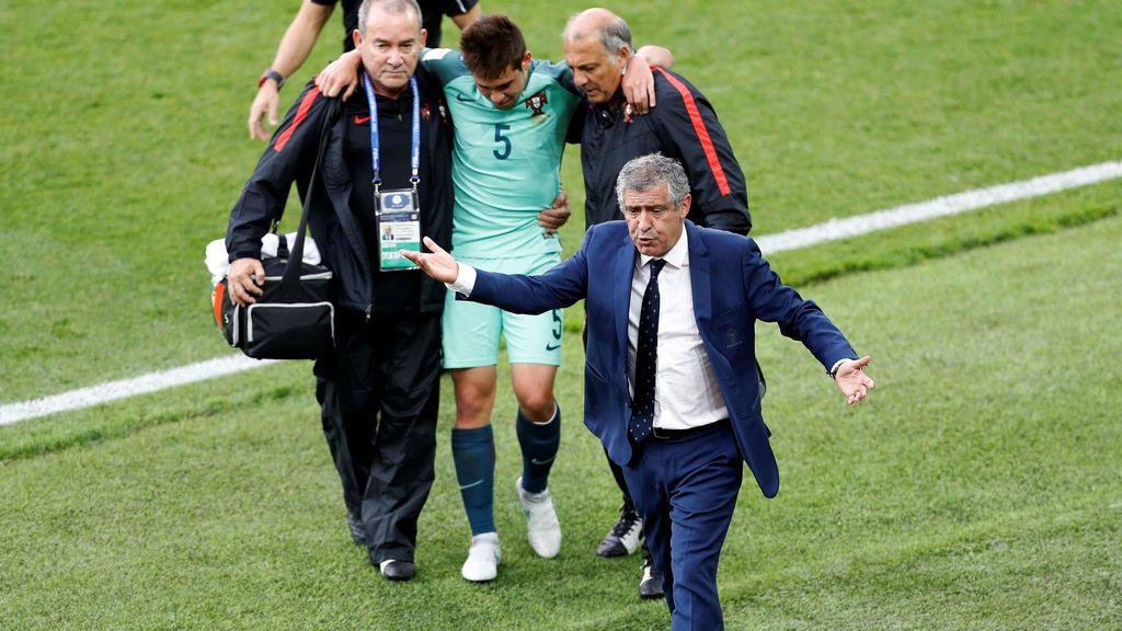 Guerreiro, futbolista de Portugal, jugó tres meses con… ¡la pierna fracturada!