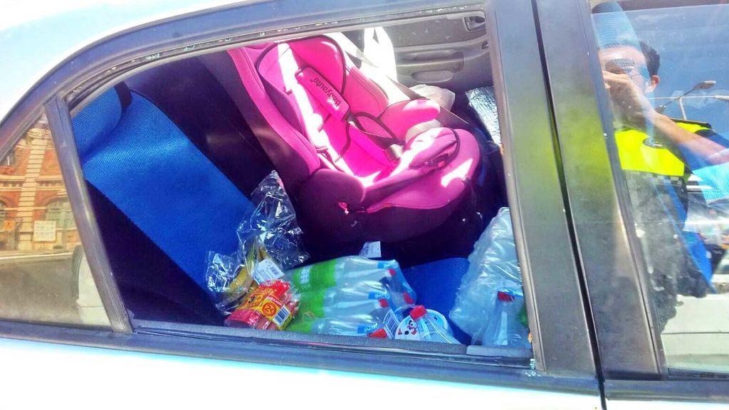 Deja a su hija de dos años dentro de un coche a pleno sol en Almería