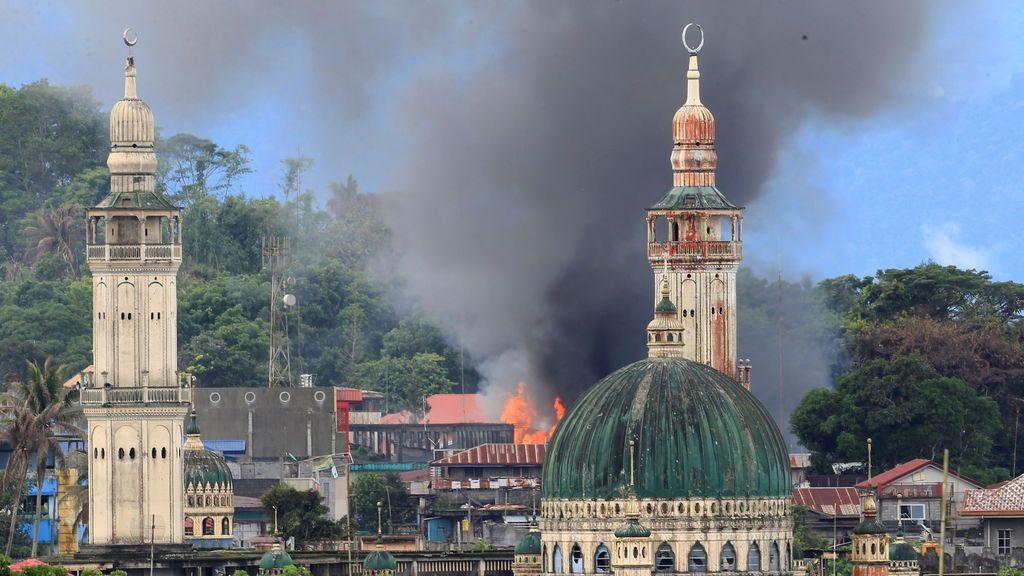 Ataque aéreo en Marawi, Filipinas