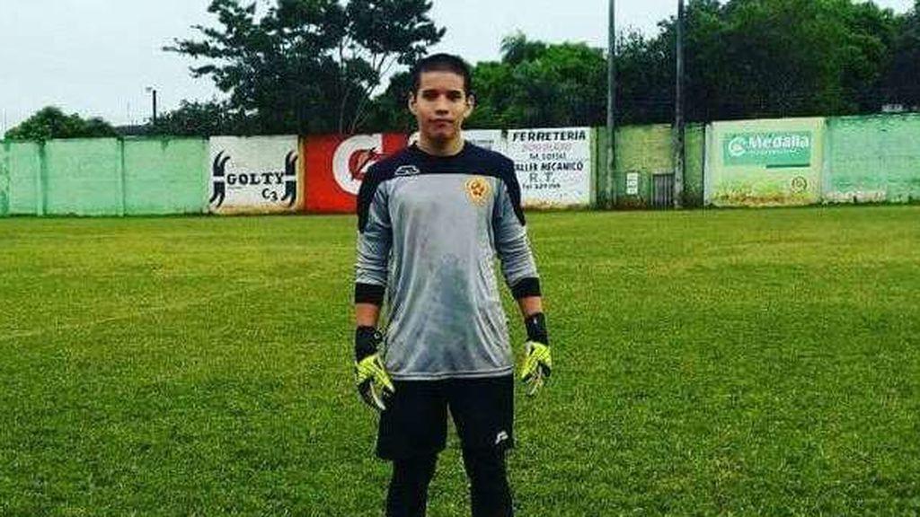 Fallece un jugador de 17 años tras recibir un balonazo en el estómago