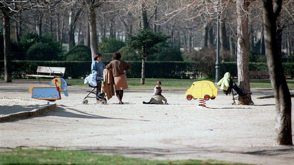 Detenidos tres jóvenes por practicar sexo en un parque a plena luz del día en Madrid