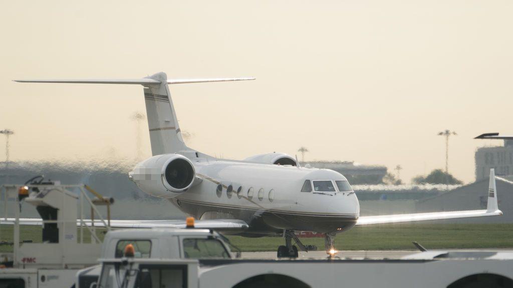 Un avión sufre un problema al aterrizar y deja inoperativo el Aeropuerto de Tenerife Sur