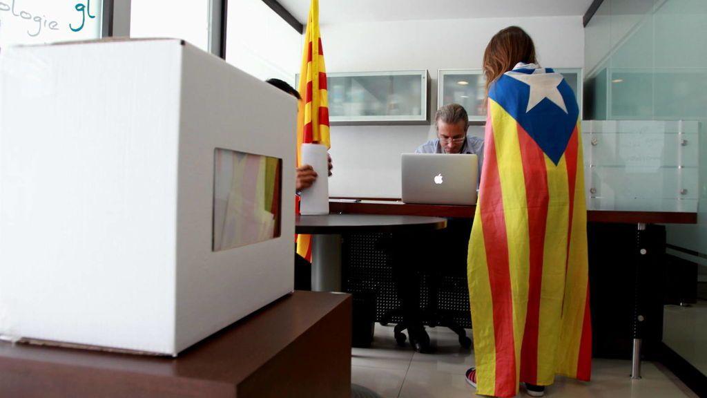 La Guardia Civil cita a funcionarios de la Generalitat por el censo de catalanes en el extranjero