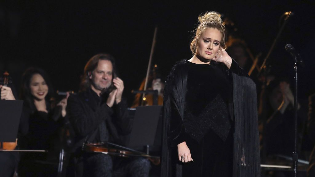 Adele finalmente abandona su gira por problemas de salud