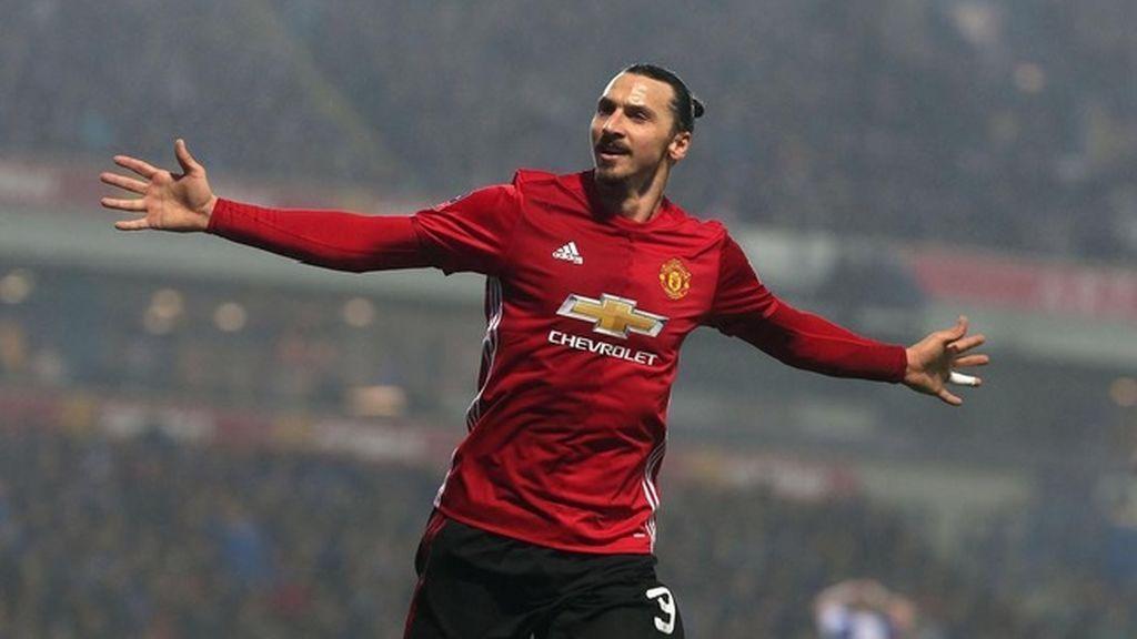 Ibrahimovic se despide del Manchester United como si fuera el César