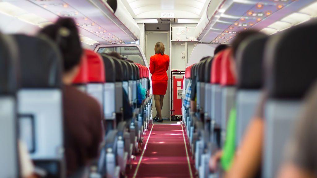 Aerolínea colombiana se plantea eliminar los asientos de sus aviones