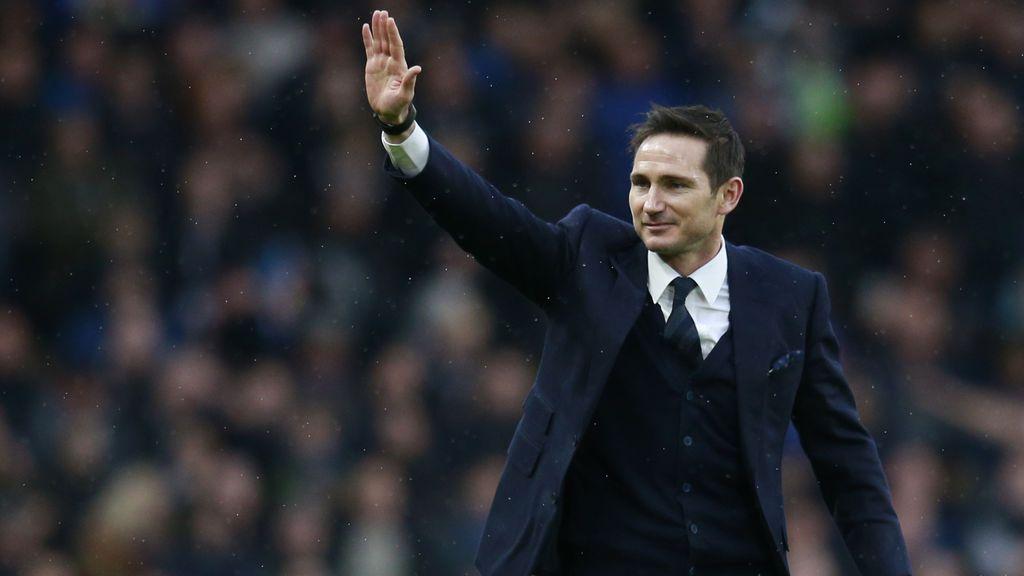"""""""Mis dos perras"""": la foto machista de Lampard que escandaliza en Inglaterra"""