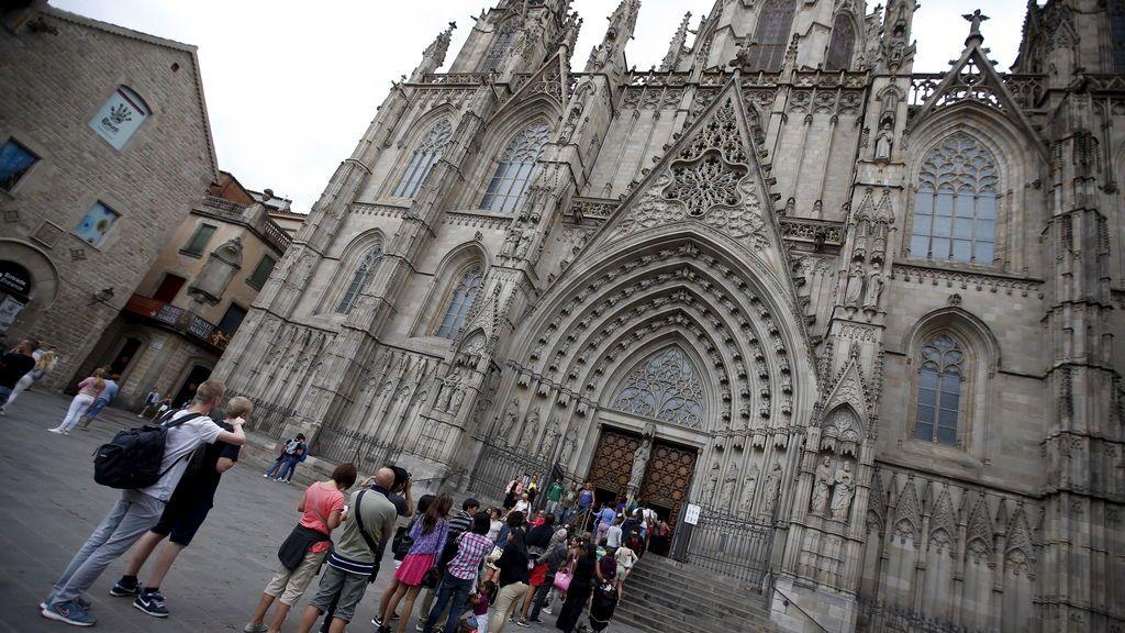 La CUP pide expropiar la Catedral de Barcelona y convertirla en economato